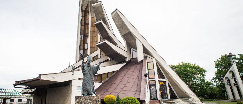 Parafia pw. NMP Matki Kościoła w Orłach-Zadąbrowiu